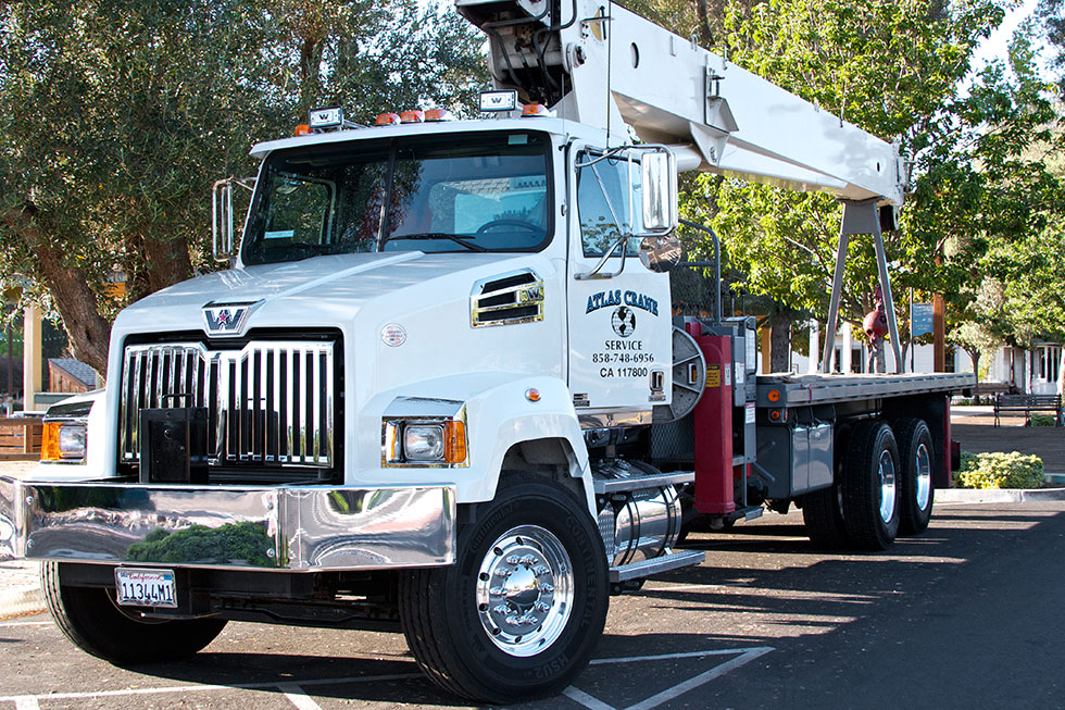 Contact Atlas Crane Service and we'll bring one of our cranes to service you